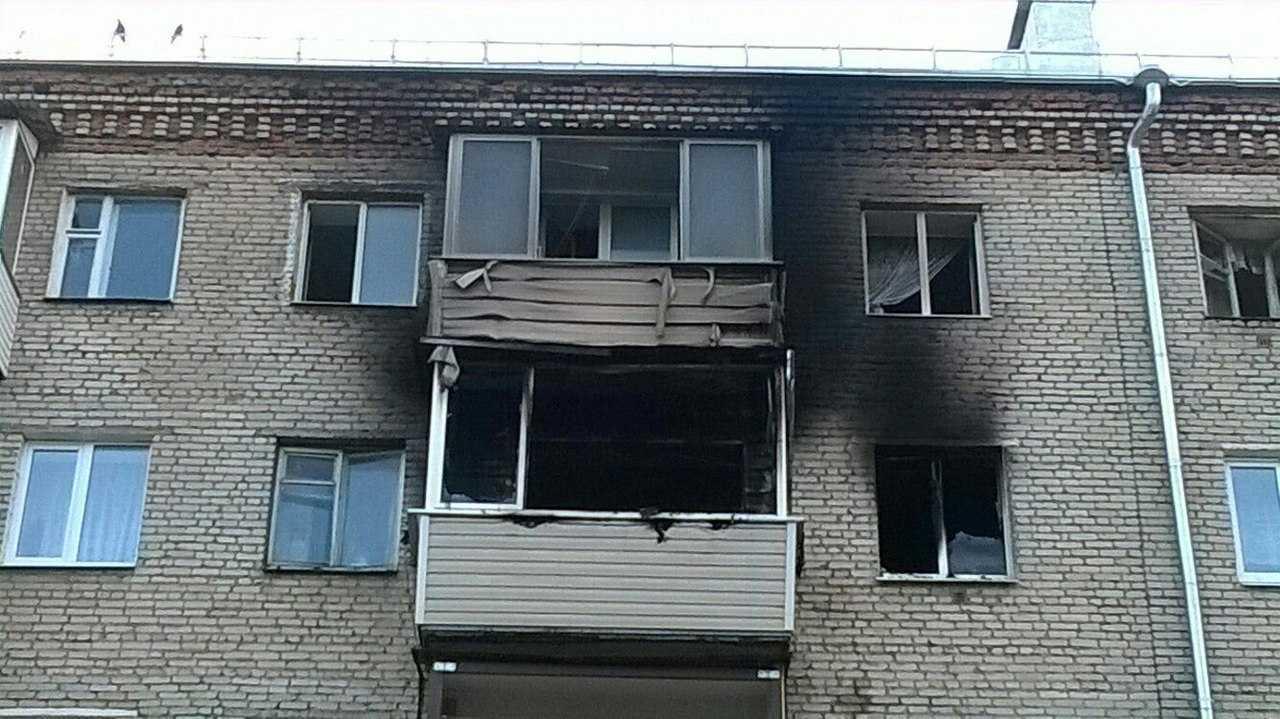 Родителям довелось выбрасывать детей с5 этажа, спасая отпожара
