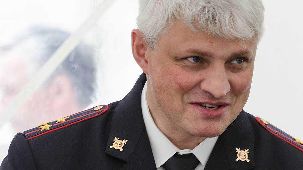 Экс-глава владимирской милиции попросил суд отгородить его отпрессы