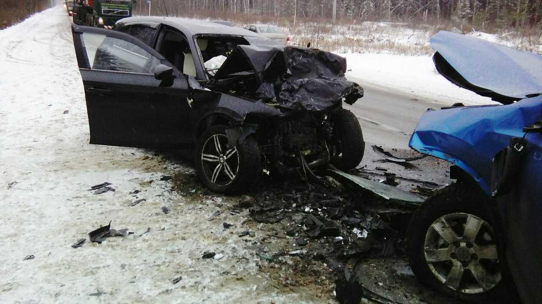 В ужасной автокатастрофе натрассе погибли люди
