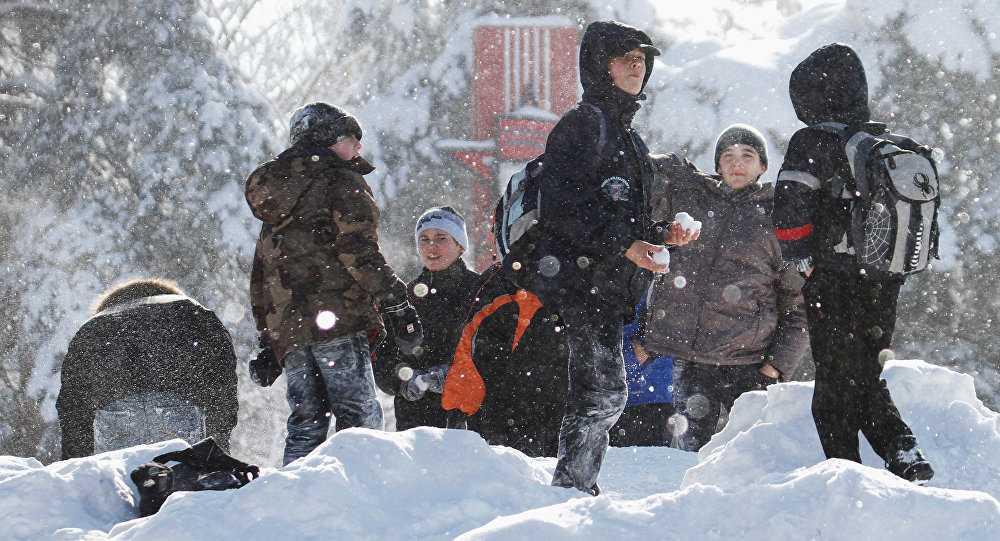 Вшколах Владимира из-за сильных морозов продлили зимние каникулы