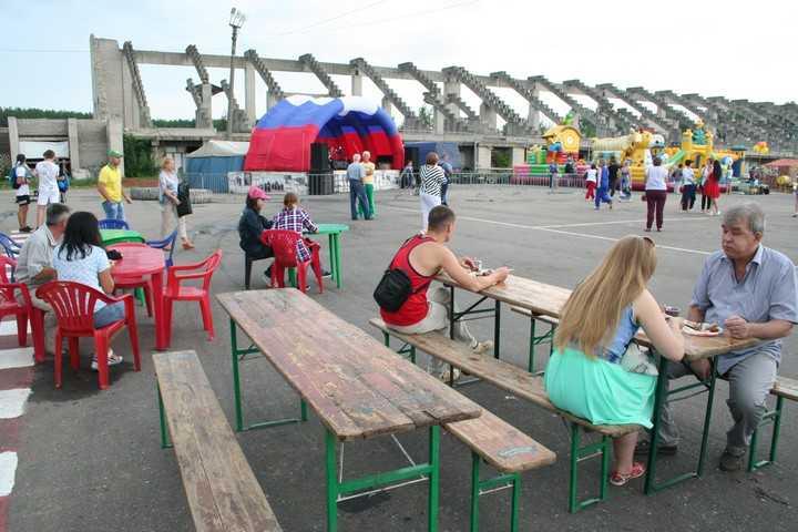 Так выглядит трибуна сейчас. Фото: ikovrov.ru