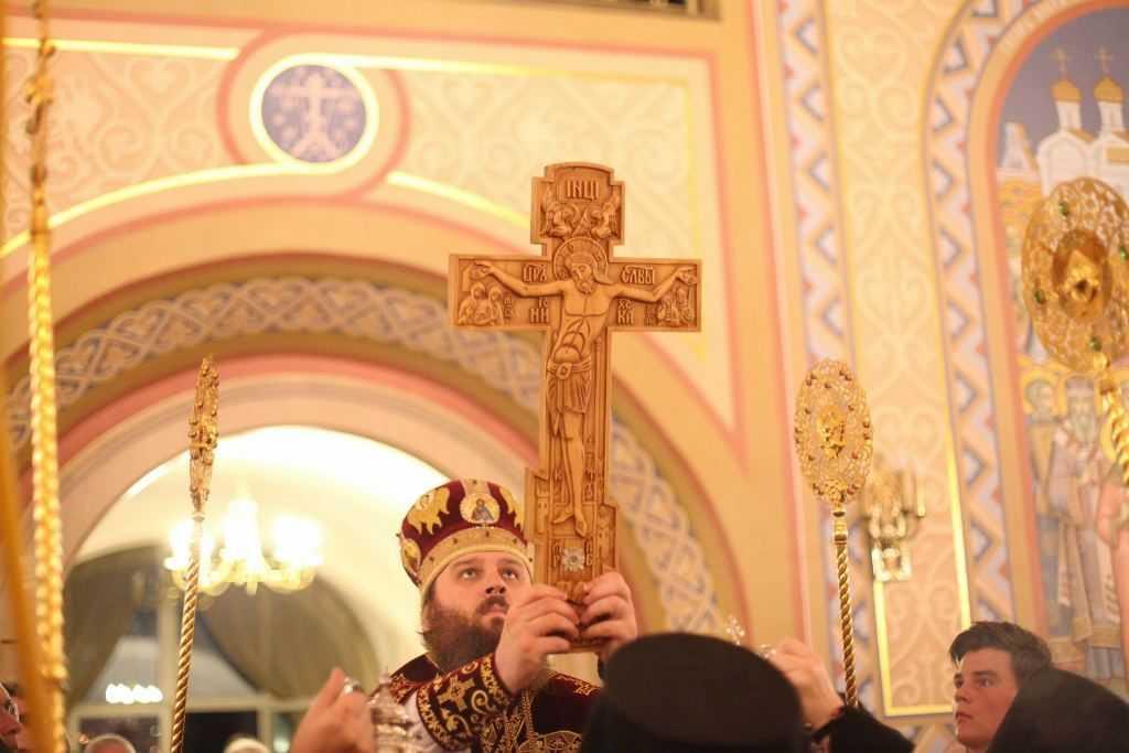 Служба в честь Воздвижения животворящего креста Господня