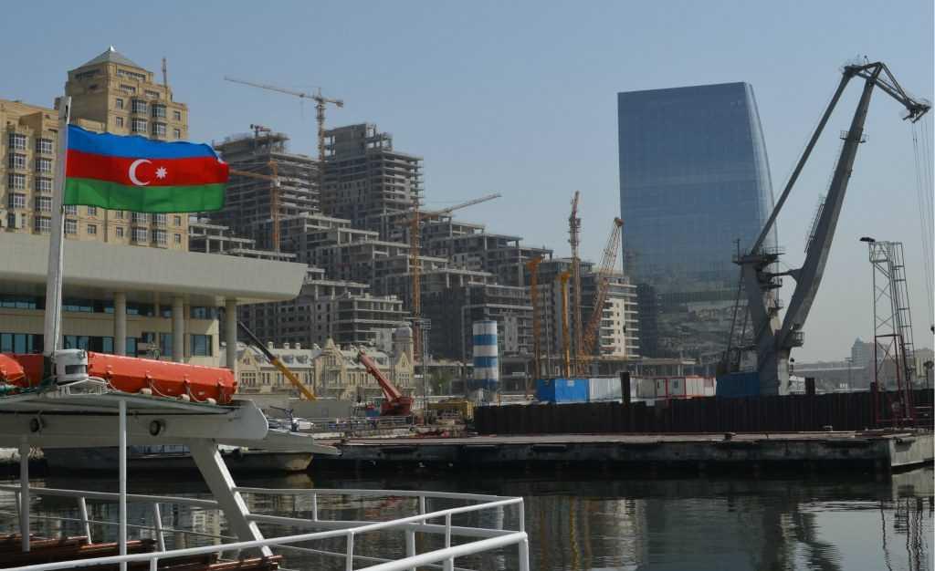 Экономика в Азербайджане