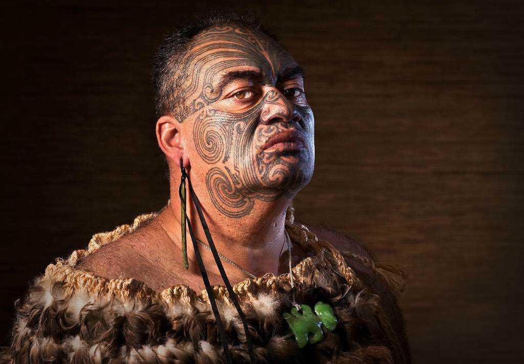 Татуировка на лице индейца
