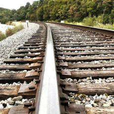 Железнодорожные пути разобрали злоумышленники в Муроме