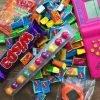 Игрушки и сладости 90х
