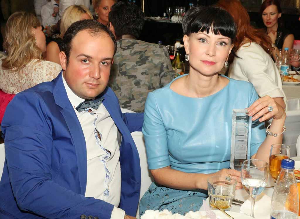 Российские актрисы и молодые мужья