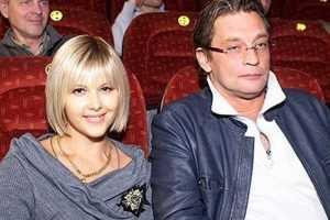Александр Домогаров с бизнесвумен Ларисой Черниковой