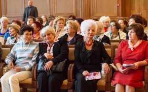 поиск любви пожилым людям Клубы по интересам и кружки