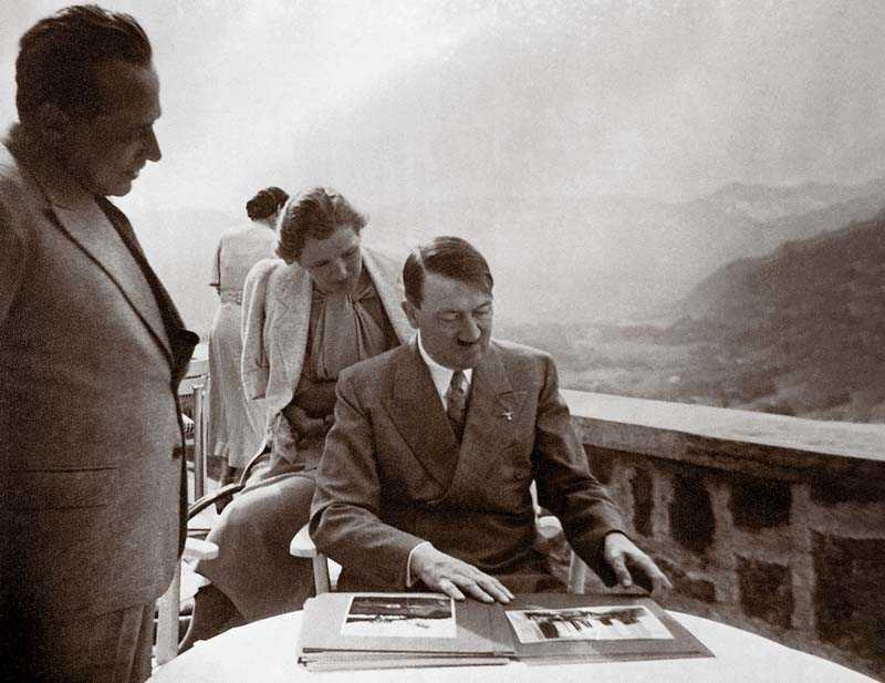 О связи Гитлера с Браун почти никто не знал