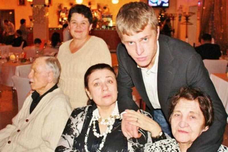 Взаимоотношения Валентины с сыном Николаем