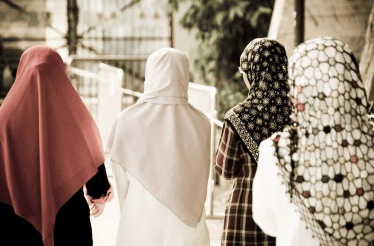 Четыре жены мусульманина