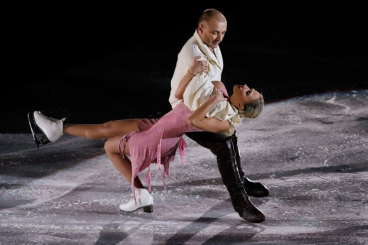 Наталья Михайлова и Александр Жулин на льду