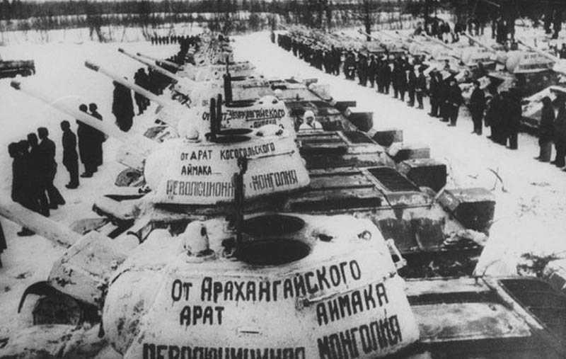 В 1944 году Монголия проявила инициативу и попросилась войти в состав Советского Союза
