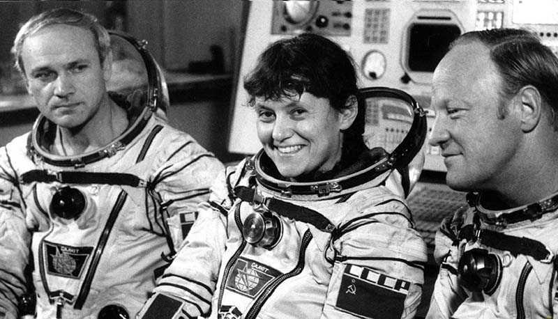 Критерии отбора космонавтов для первого полета в истории