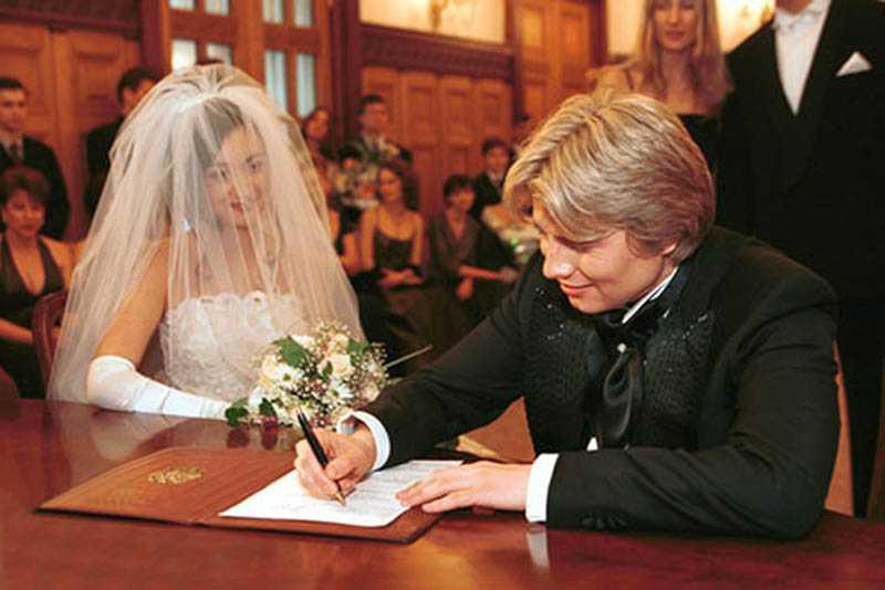 Официально Николай был женат всего один раз.