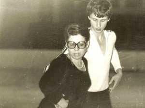 В 1979 г. Пахомова серьезно заболела — рак