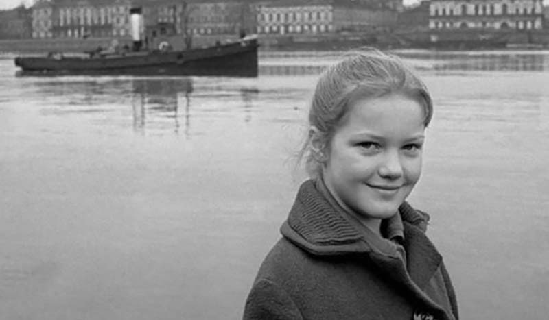 Елена первый раз побывала на съемочной площадке в детстве