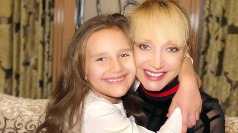 Как на самоизоляции развлекаются Кристина Орбакайте и ее дочь Клавдия Земцова