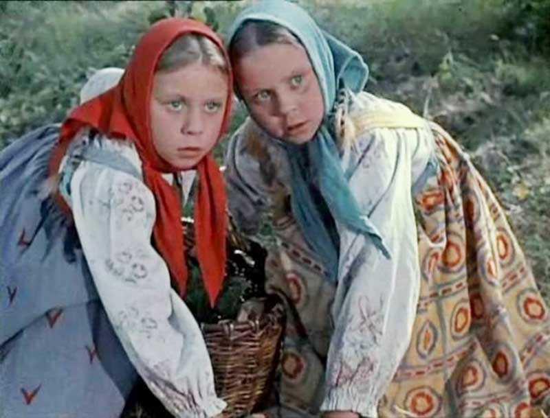 Сестры Юкины были настоящими близнецами, причем весьма талантливыми и артистичными.