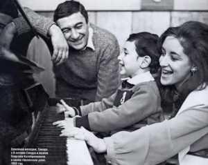 Тамара Гвердцители с режиссером Георгием Кахабришвили