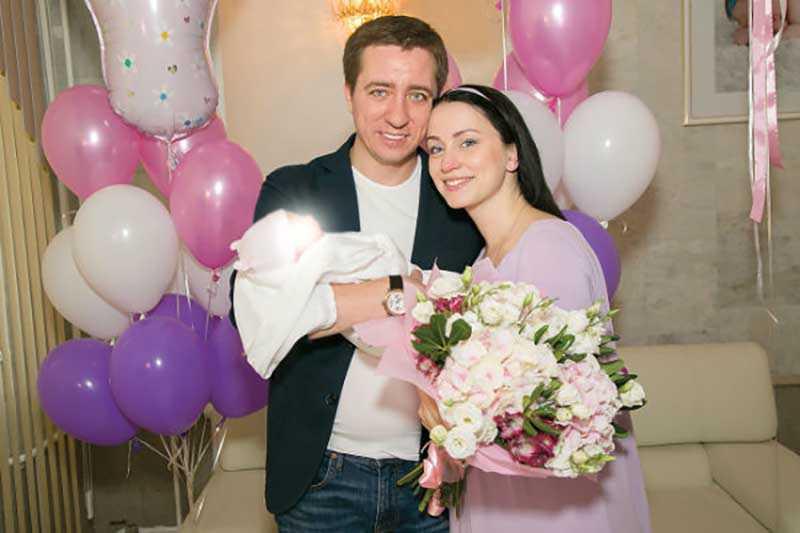 Через год после свадьбы у Николая родилась вторая дочь — Маргарита.