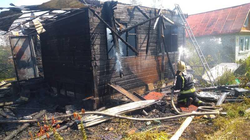 В Струнино дачник менял газовый баллон и сгорел дом