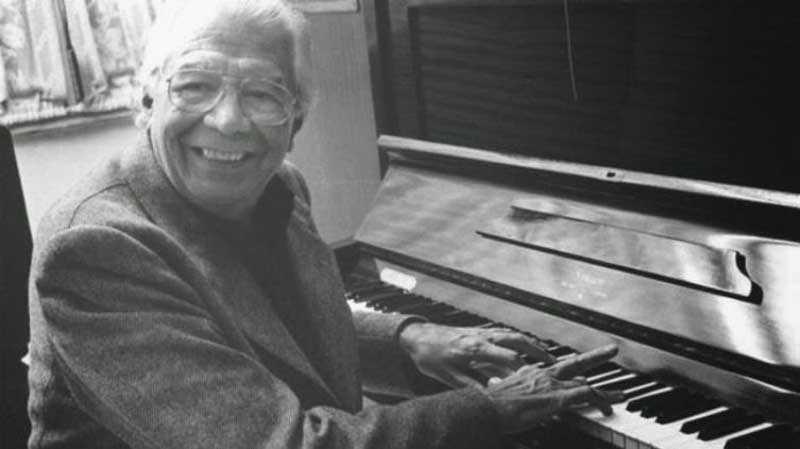 Знаменитую мелодию написал Ариэль Рамирес — композитор из Аргентины