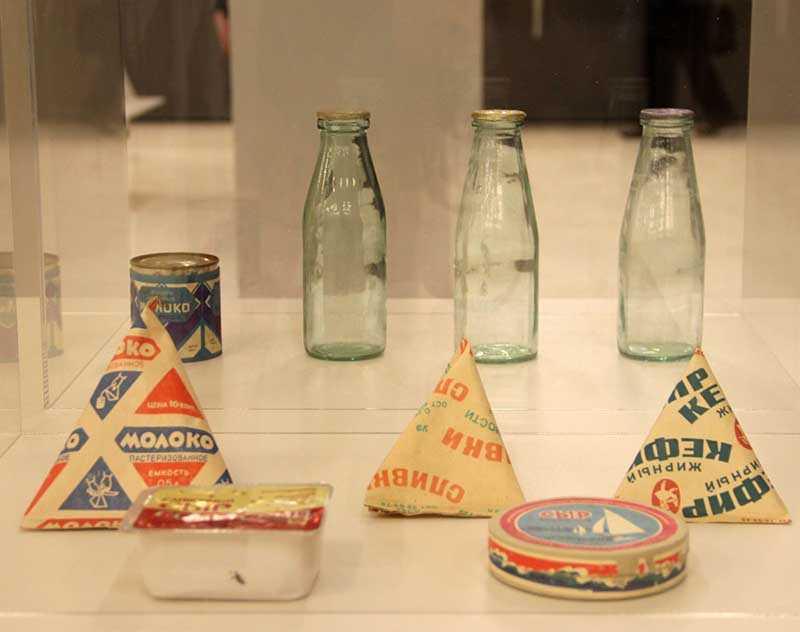 Откуда пришла треугольная упаковка для молока в СССР