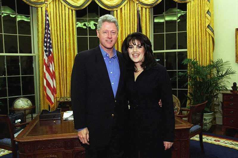 В 1996 году Монику связали любовные отношения с президентом США Биллом Клинтоном