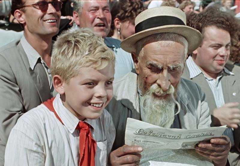 Когда фильм про старика Хоттабыча вышел на экраны, Алексей стал знаменитым