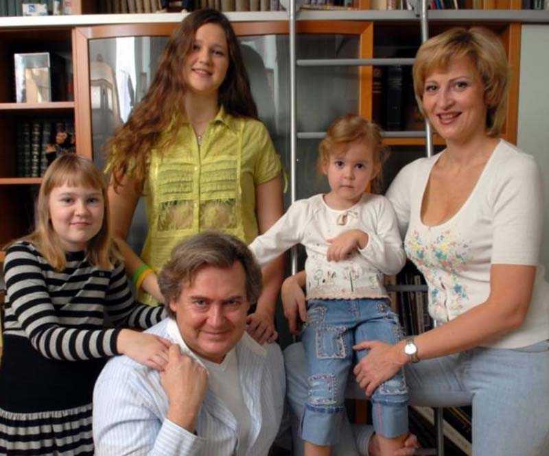 Третий брак Юрия Стоянова