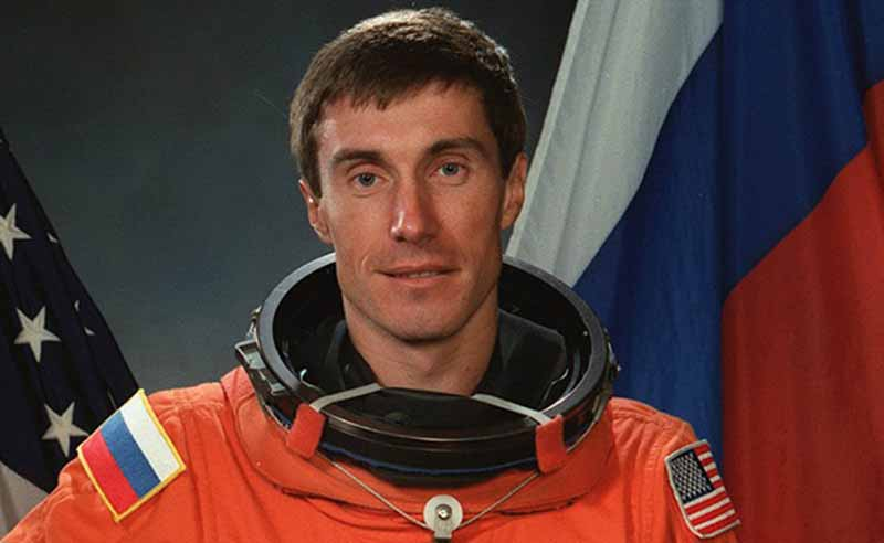 Как Сергей Крикалев остался в космосе и вернулся в новую страну