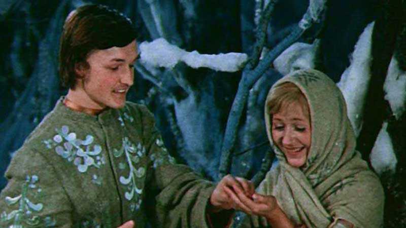 Вскоре Босов познакомил возлюбленную с родными.