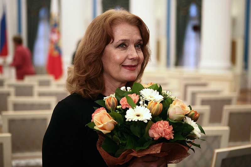О чем не рассказывает Ирина Алферова