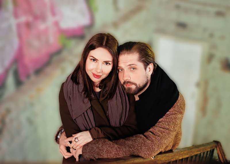 Сейчас Роман живет гражданским браком с девушкой по имени Соня.
