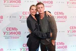 Кто является супругой актера Романа Курцына