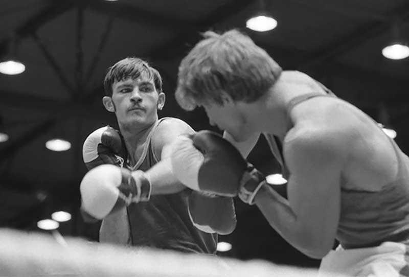 На момент старта игр Вячеслав Лемешев не являлся фаворитом бокса, им был Марвин Джонсон.
