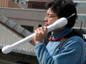 в далекой Японии, начиная разговор, народ произносит забавное словосочетание «мощи-мощи»