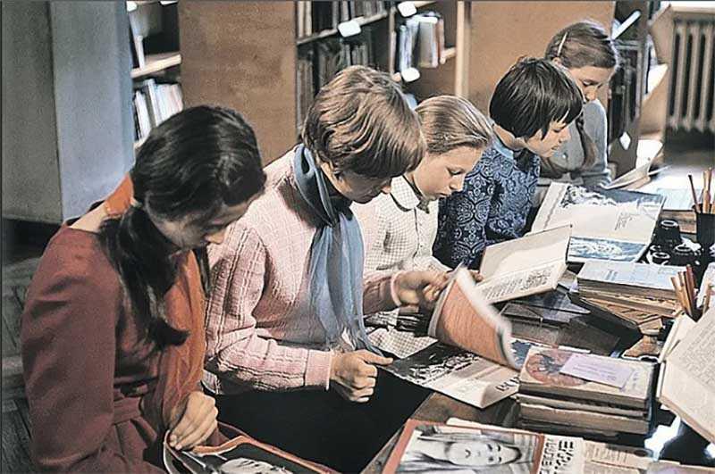 Как советские люди жили без интернета