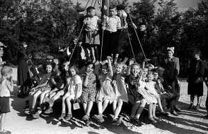 Требования к окружающей среде детских площадок в СССР были довольно жесткие.