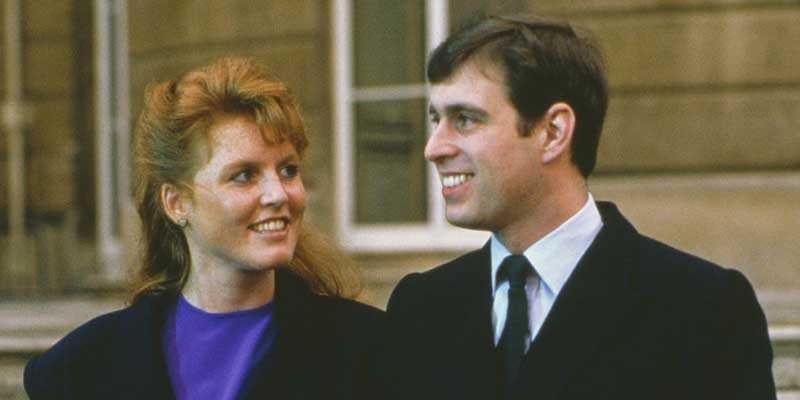 Сара Фергюсон и принц Эндрю впервые встретились по наводке принцессы Дианы, с которой Сара дружила еще с детства.