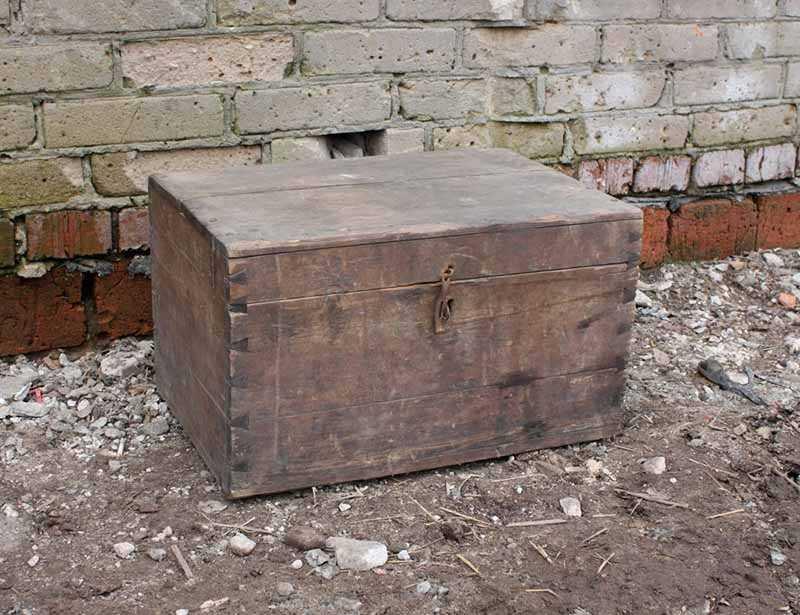 Старый ящик, который хранил тайну 30 лет