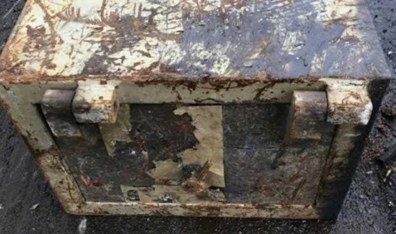 Удобный старый ящик