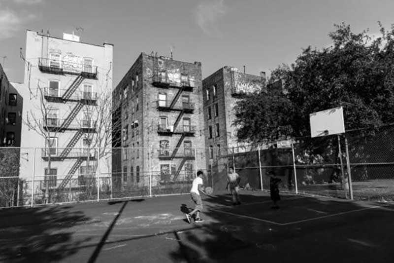 Разные попытки возведения бюджетного жилья