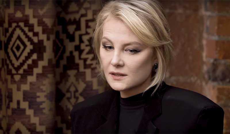 Литвинова довольно самокритично относится к себе и как к женщине, и как к актрисе.
