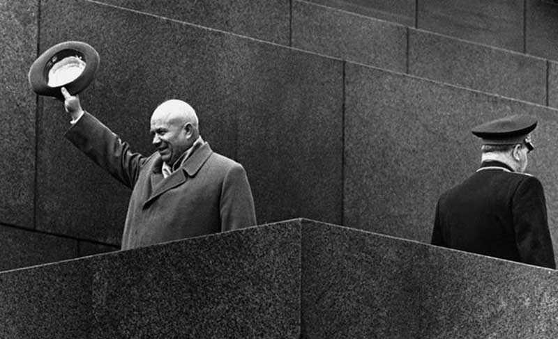 Никите Хрущеву сказали, что в Москве слишком развит черный рынок