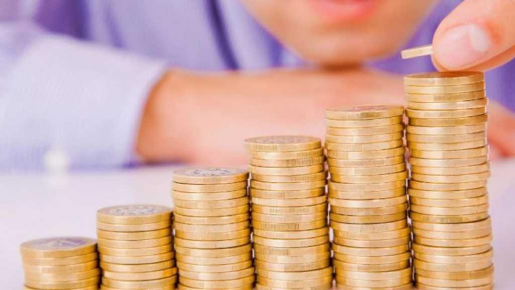 ВЦИОМ: Россияне ожидают увеличения доходов в первом полугодии 2021 года