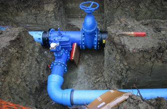 В Саратове более 400 тысяч человек остались без воды из-за аварии