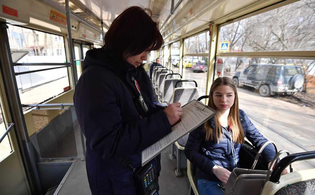 Новый закон запретит высаживать из общественного транспорта детей-безбилетников
